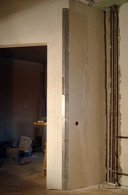 Шпаклевка стен под обои под покраску