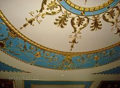 На фотографиях присутствует уникальный интерьер, выполненный нашими мастерами совместно с итальянскими.Были выполнены мероприятия по заливке и установке оселкового мрамора, лепнины из гипса. Представленный на кадрах оселковый декор является прикладной имитацией мраморного камня