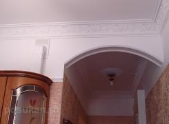 Потолок лепнина кухня