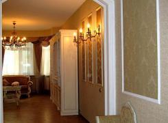 Вид из прихожей в гостиную